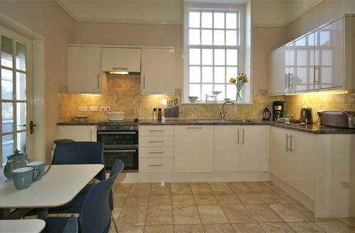 Snaptrip - Last minute cottages - Attractive Snowdonia Cottage S26857 - henban-kit1aT