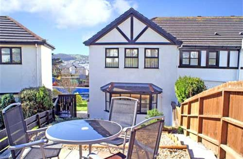 Snaptrip - Last minute cottages - Excellent Deganwy Cottage S26882 - Glan-y-cei-ext2a-bro