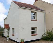 Snaptrip - Last minute cottages - Attractive Norwich Cottage S2496 -