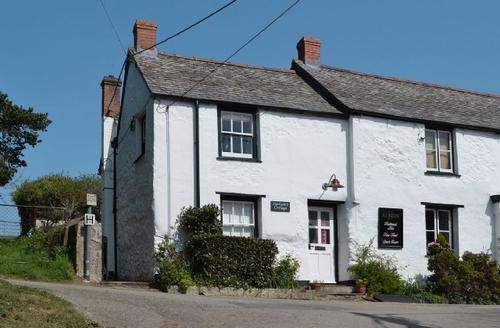Snaptrip - Last minute cottages - Gorgeous Newquay Cottage S27038 -