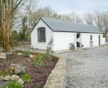 Snaptrip - Last minute cottages - Cosy Tuam Lodge S27046 -