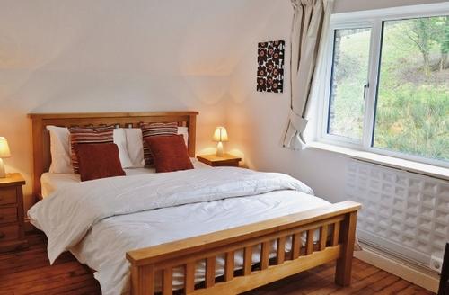 Snaptrip - Last minute cottages - Lovely Kingsbridge Cottage S27110 -