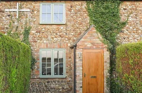 Snaptrip - Last minute cottages - Splendid King's Lynn Cottages S2548 -