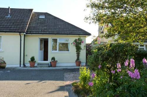 Snaptrip - Last minute cottages - Attractive Okehampton Cottage S2572 -