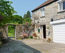 Snaptrip - Last minute cottages - Delightful Langport House S2576 -