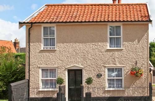Snaptrip - Last minute cottages - Delightful Norwich Cottage S2592 -
