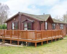 Snaptrip - Last minute cottages - Quaint Lincoln Lodge S2653 -