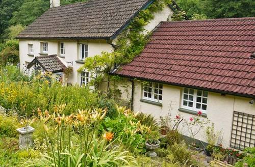 Snaptrip - Last minute cottages - Excellent Chulmleigh Ash S2693 -