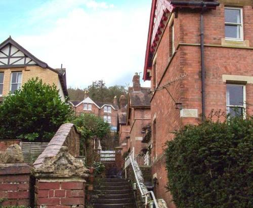 2 Norfolk Villas