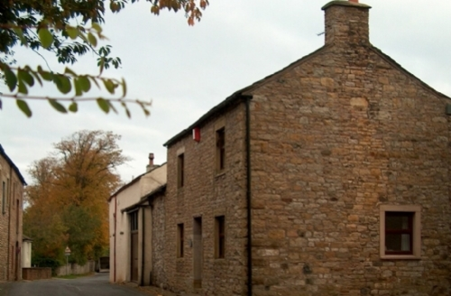Snaptrip - Last minute cottages - Tasteful Wigton House S444 - Ellwood House, self catering Caldbeck, Lakes Cottage Holidays