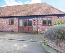 Snaptrip - Last minute cottages - Luxury Woodbridge Cottage S2803 -