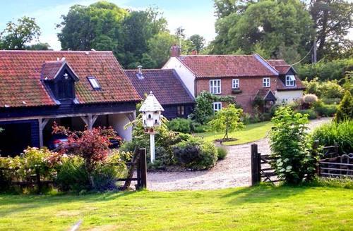 Snaptrip - Last minute cottages - Excellent Norwich House S2816 -