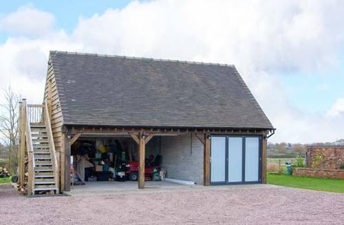 Snaptrip - Last minute cottages - Quaint Shrewsbury Loft S2870 -