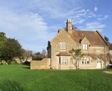 Snaptrip - Last minute cottages - Delightful Tewkesbury Cottage S2893 -
