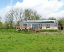 Snaptrip - Last minute cottages - Splendid Winkleigh Lodge S2918 -