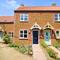 Snaptrip - Last minute cottages - Adorable Snettisham Cottage S90128 - The Hollies exterior