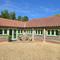 Snaptrip - Last minute cottages - Luxury Fakenham Apartment S11687 - Exterior