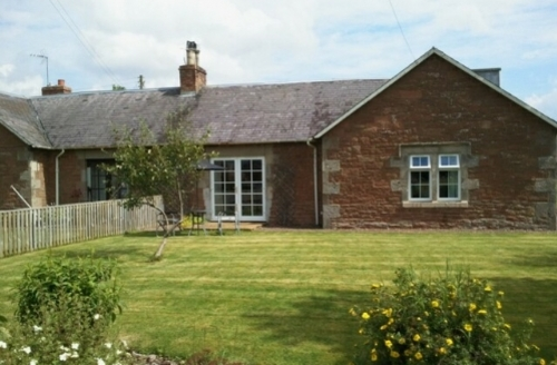Snaptrip - Last minute cottages - Captivating Jedburgh Cottage S454 - Number Four Cottage, Self catering holiday cottage in Mounthooly, Jedburgh, Scottish borders, Cottage Holiday Group