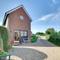 Snaptrip - Last minute cottages - Superb Cranbrook Cottage S94995 - CB649 - Exterior