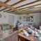 Snaptrip - Last minute cottages - Stunning Benenden Cottage S43451 - CB630 - Sitting Room