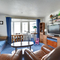 Snaptrip - Last minute cottages - Attractive Rottingdean Apartment S40976 - BBHC19 - Living Room