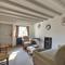 Battle Abbey Cottage RH1147 - Sitting Room - View 3