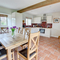 Snaptrip - Last minute cottages - Lovely York Rental S10940 - Dining Area - View 1