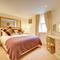 Snaptrip - Last minute cottages - Excellent Whitby Apartment S94903 -
