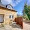 Snaptrip - Last minute cottages - Inviting Egton Bridge Rental S10879 - Exterior - View 1