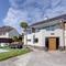 Snaptrip - Last minute cottages - Attractive Galmpton Apartment S121688 -