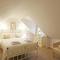 Snaptrip - Last minute cottages - Attractive Saxmundham Rental S9955 - Master Bedroom - View 1