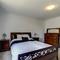 Snaptrip - Last minute cottages - Luxury Swanage Apartment S104428 -