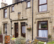 Snaptrip - Holiday cottages - Excellent Settle Cottage S3030 -
