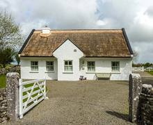 Snaptrip - Last minute cottages - Superb Ballinrobe Cottage S33623 -