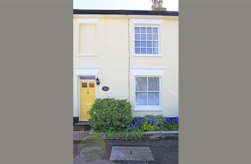Snaptrip - Last minute cottages - Adorable Southwold Cottage S33632 - Exterior - View 1