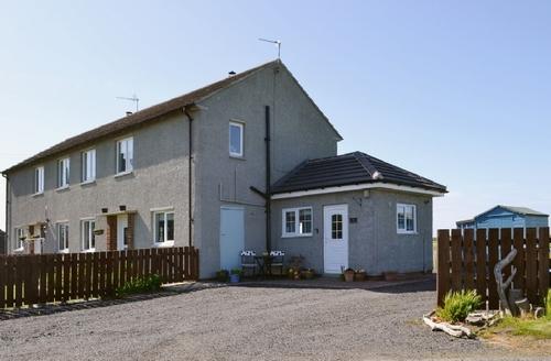 Snaptrip - Last minute cottages - Exquisite Warkworth Cottage S33796 -