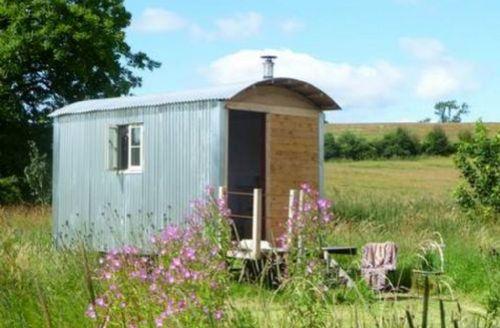 Snaptrip - Last minute cottages - Splendid Crosby Ravensworth Cottage S33845 - Shepherd's Hut, Crosby Ravensworth, Eden Valley