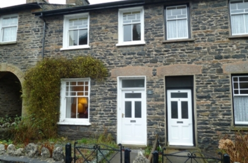 Snaptrip - Last minute cottages - Cosy Sedbergh Cottage S33854 - Fell View, Sedbergh, self catering cottage, Lakes Cottage Holidays
