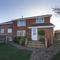 Snaptrip - Last minute cottages - Wonderful Totland Cottage S44220 -