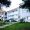 Snaptrip - Last minute cottages - Excellent Poole Apartment S76130 -