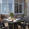 Snaptrip - Last minute cottages - Luxury St. Ives Apartment S76482 -