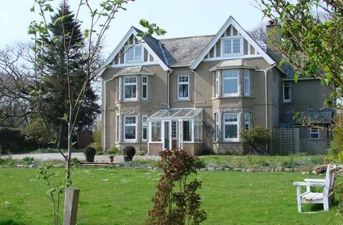Snaptrip - Last minute cottages - Luxury Belstone Cottage S33970 -
