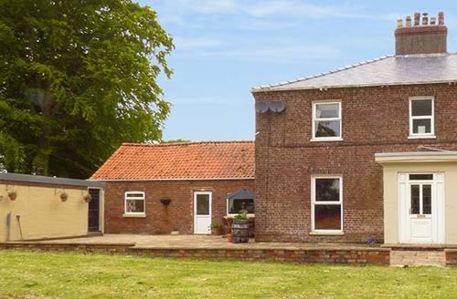 Snaptrip - Last minute cottages - Tasteful Langtoft Cottage S33982 -
