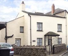 Snaptrip - Last minute cottages - Gorgeous Ulverston House S3174 -