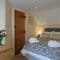 Little Garth, Kingham First Floor: Bedroom Two