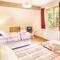 Deerpark Lodge, Staunton Harold, Ashby-de-la-Zouch First floor: Twin bedroom with 3' beds