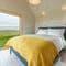 Snaptrip - Last minute cottages - Excellent Easton Bavents Cottage S106037 - King size bed, sea views and en suite with bath & overhead shower