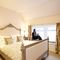 Lochside Cottage, Kenmore Master bedroom with 4'6 double bed