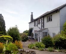 Snaptrip - Last minute cottages - Charming Grange Over Sands Greenways S3181 -