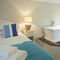 2 Kitts Hill , Trewethern, Chapel Amble First floor: Master bedroom with 5' king-size bed and en-suite facilities